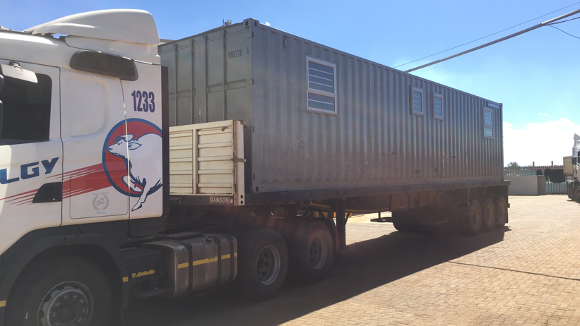 Kwikspace has shipping containers for sale in South Africa. These steel containers can be used for a portable office. They can also be used as containers for storage.